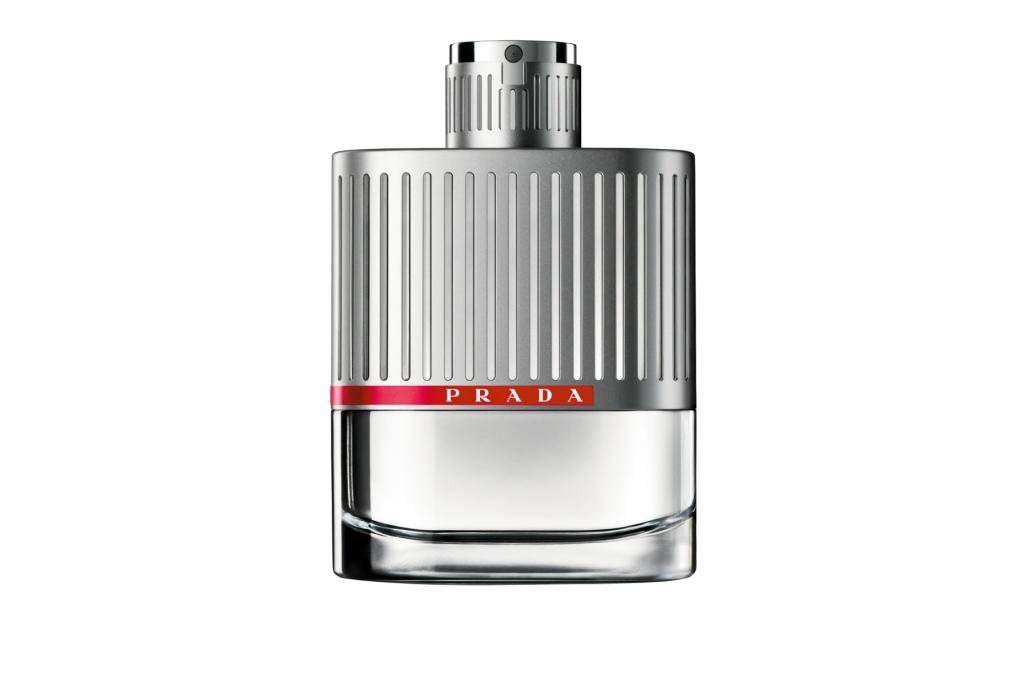 Luna Rossa Prada – новый, освежающий и стильный мужской парфюм. Создан для мужчин, которые обладают не только физической, но и духовной силой. Такой мужчина способен на всё, он любит приключения и экстрим. Выражает мужскую силу, его обладатель имеет силу воли, он всегда добивается поставленных целей и стремится к успеху.