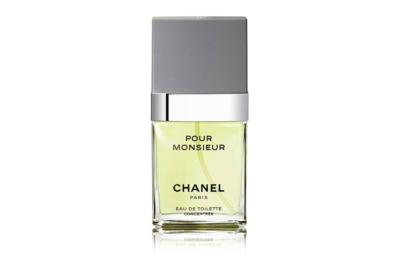 Chanel Pour Monsieur Concentree – это аромат истинной классики.  Винтажный, хорош в любую погоду и настроение, никогда не подводит. Предназначенный для истинного джентльмена аромат пронизан нотами сексуальности, силы и мужества. Этот аромат дополнит образ мужчины до совершенства в любое время суток.