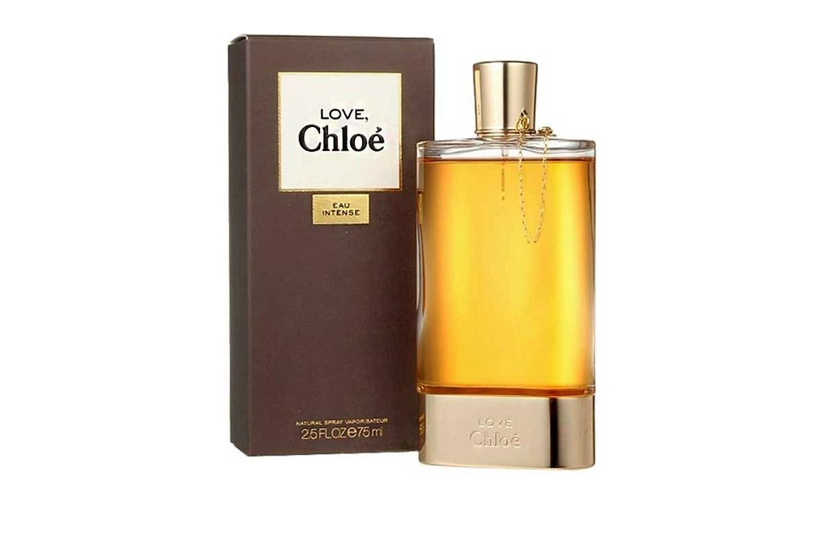 Chloe Love Chloe Eau Intense-это женственность и пьянящая притягательность, заботливо взятые от природы для того, чтобы современная женщина ощущала собственное очарование и красоту.В его мощной страстности она способна на искреннюю нежность и романтичность. Сладенький, припудренный, Аромат любви и страсти! Он прекрасен, словно изящный цветок в роскошном саду на закате.  Классический,  чувственный, изящный,  невероятно элегантнный.