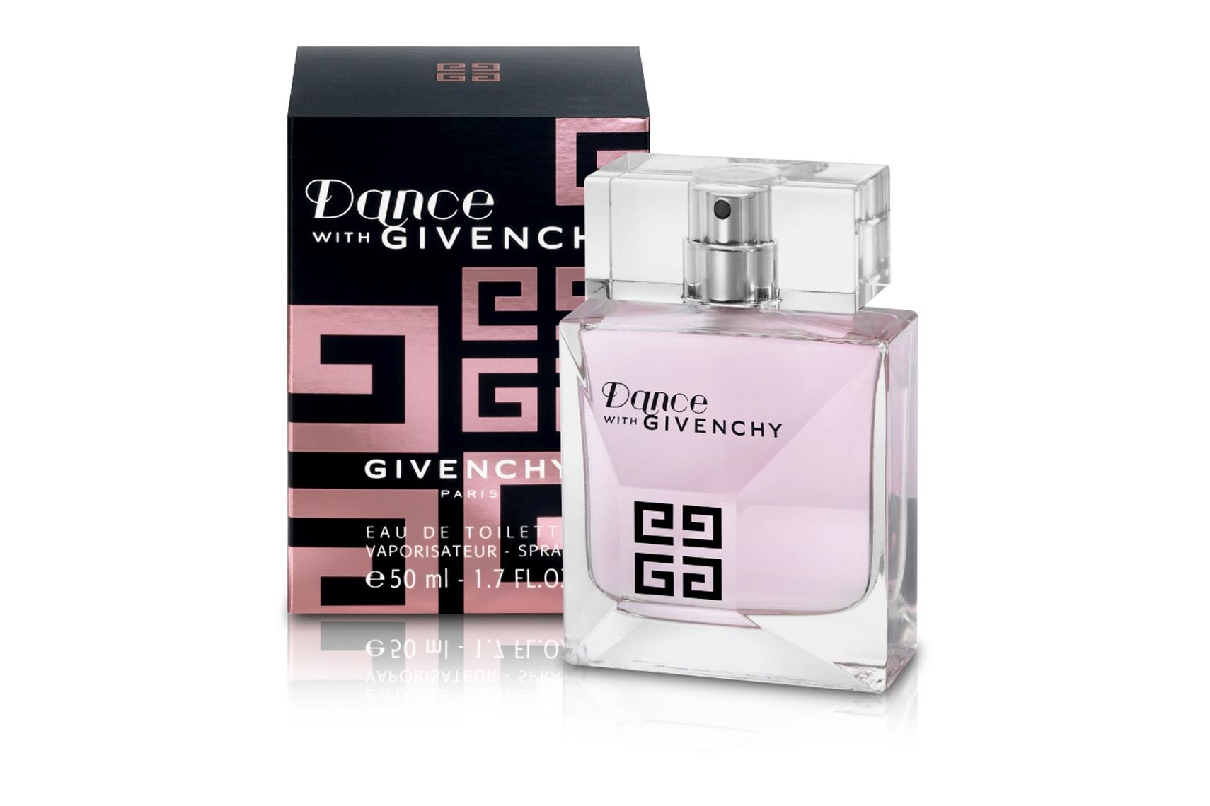 Dance with Givenchy Givenchy - это аромат для женщин, принадлежит к группе ароматов цветочные. Dance with Givenchy выпущен в 2010. Верхние ноты: апельсиновый цвет, мандарин и Красное яблоко; ноты сердца: Жасмин и иланг-иланг; ноты базы: Мускус, ваниль и древесные ноты.