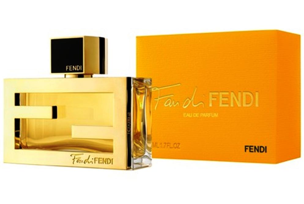 Fendi Fan di-Выразительный, красочный, смелый и жизнерадостный, для девушек, которые любят, активный отдых, флирт, веселье и не забываемые приключенья, свежесть и ласкающее тепло солнечных дней.