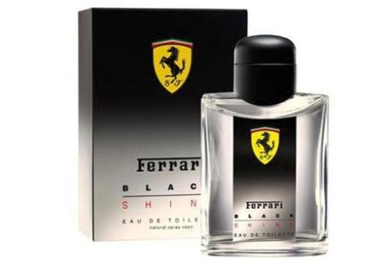 Ferrari Black Shine-парфюм на все времена, аромат, без которого не представляли свою жизнь, как без ярких эмоций и настоящих приключений. Он снова и снова заставляет жаждать и отправиться навстречу новым эмоциям, не желая смиряться со скукой и идёт всегда впереди, своего обладателя.