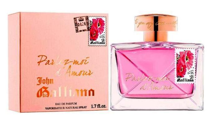Parlez-Moi d'Amour Gold Edition John Galliano-Это аромат напоминает признание в любви. Сначала легкое волнение, затем, сразу букет из  цветов,  Это идеальный парфюм для романтических свиданий и уидененных вечеров на которые вы полагаете огромные надежды, с которыми связаны, самые смелые ваши желания.