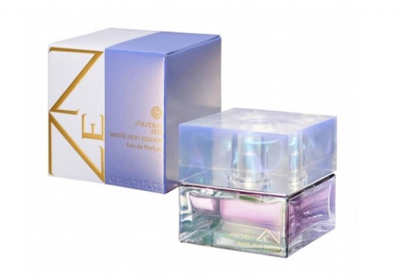 Описание:Shiseido Zen White Heat Edition!-бодрящий аромат, бьётся в инергии не давая своему оладателю ни минуты покоя. Искрится, заставляя дигатся вперет на встречу новым приключениям! Для энергичных мужчин, не желающих спокойствия, любешие риск!-Shiseido Zen White Heat Edition!